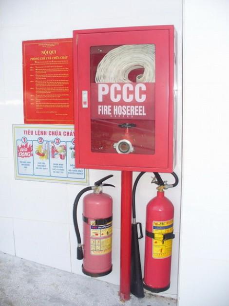 Bình chữa cháy và tủ chữa cháy