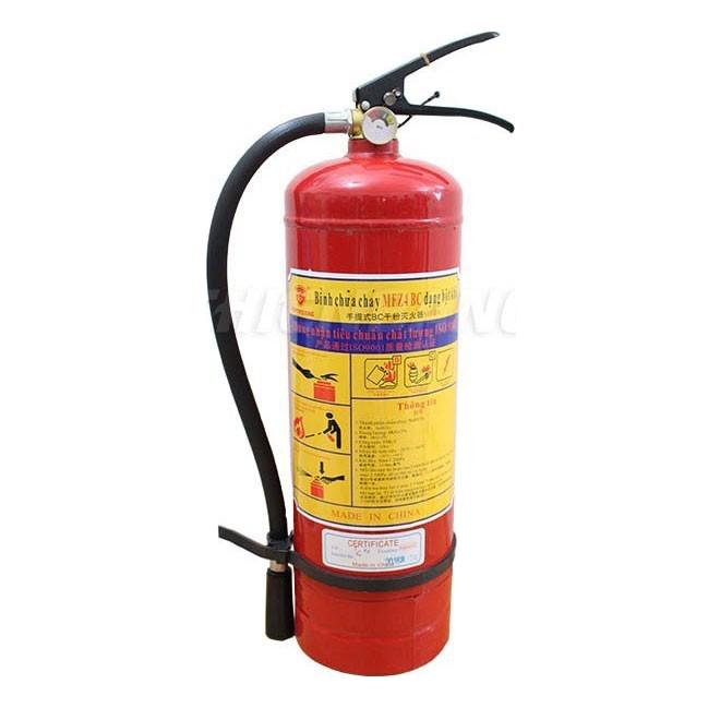 Cháy điện dùng bình gì?